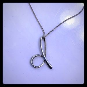 "Tiffany Elsa Peretti letter ""D"" necklace"
